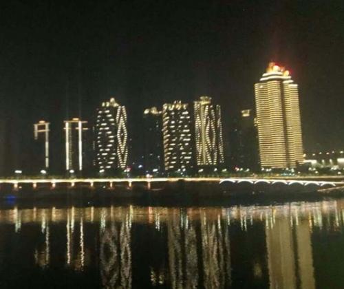 重庆沙滨路亮化项目