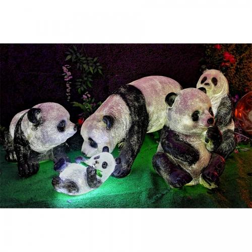 玻璃钢熊猫家族