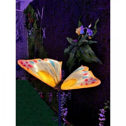 玻璃钢展翅蝴蝶